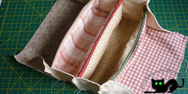 Así queda después de coser los dos laterales